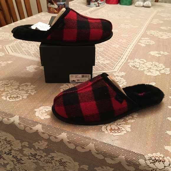 1627c9921 UGG Shoes | Scuff Buffalo Plaid Mens Slippers Size 11 | Poshmark